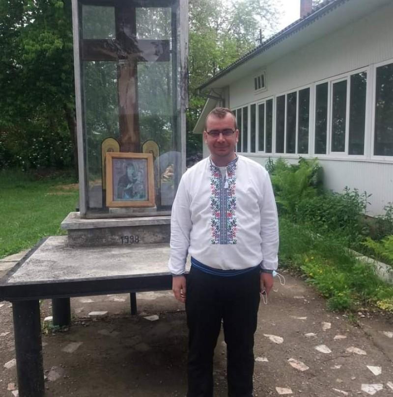 """Profesorul din Botoşani care a făcut credit ca să-şi ajute elevii, a trecut prin COVID: """"A fost o lecție"""""""