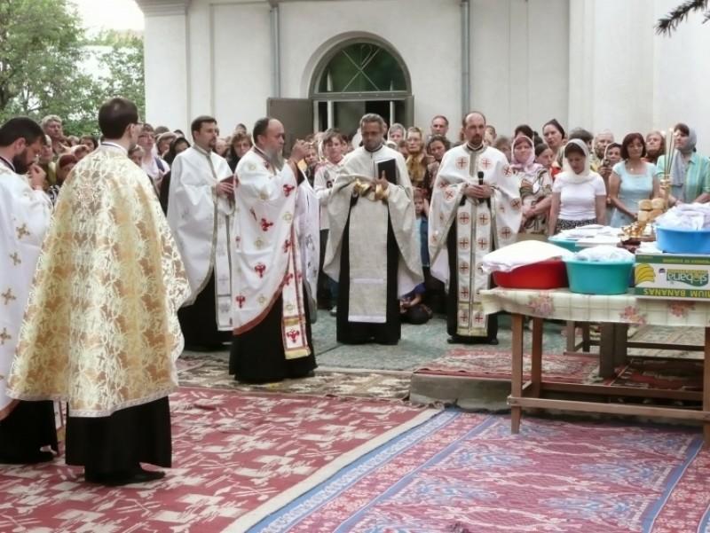 Program special la hramul Bisericii Vovidenia din Botoşani