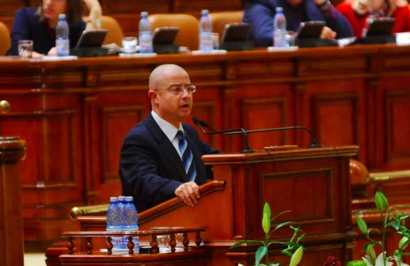 Proiect de lege pentru pedepsirea cu inchisoarea a ingreunarii exercitarii puterii de stat!