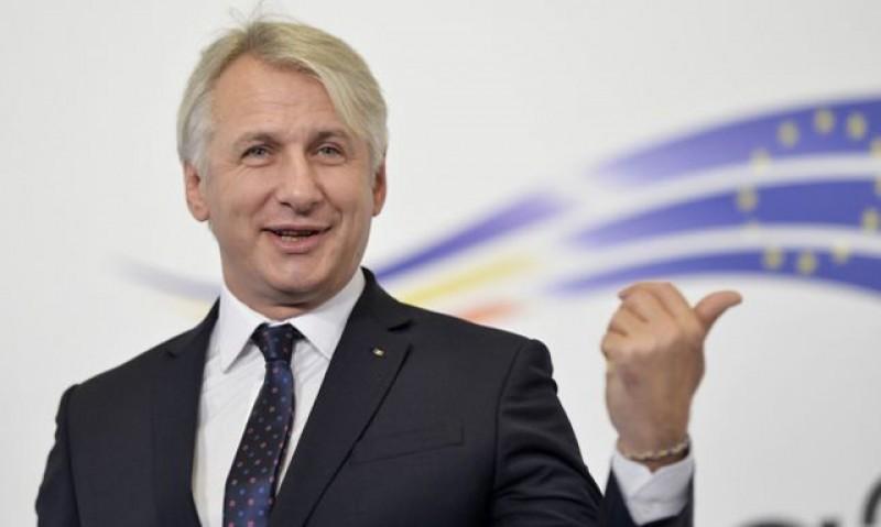 Eugen Teodorovici a depus vineri la Senat un proiect de act normativ care propune pedeapsa cu închisoare pentru datornici: Toată lumea la pușcărie!