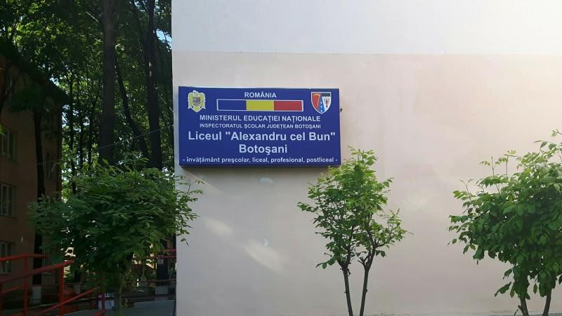 """Proiecte sub semnul excelenței la Liceul """"Alexandru cel Bun"""" Botoșani! FOTO"""