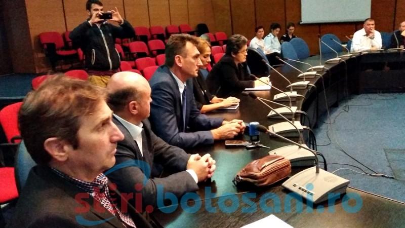 Proiectul blocului explodat, căutat în arhivele Consiliului Judeţean Suceava
