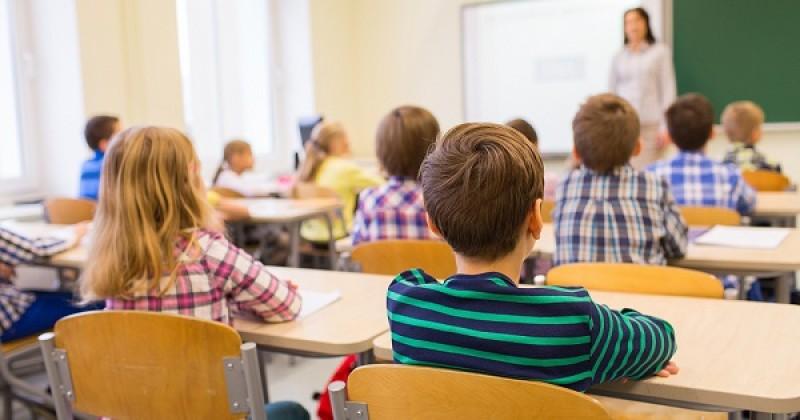 Propunere șoc în Parlament: Grădinița obligatorie, învățământ de 15 ani. Trei deputați de Botoșani, printre susținătorii proiectului!