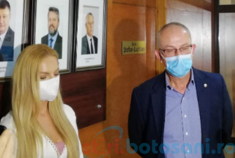 "Protest al cadrelor medicale împotriva revenirii Liviei Mihalache la conducerea ""Mavromati"""