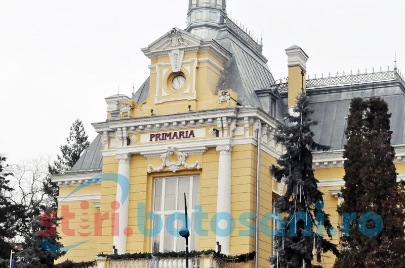 Protest spontan la Primăria Botoşani pentru salarii mai mari!