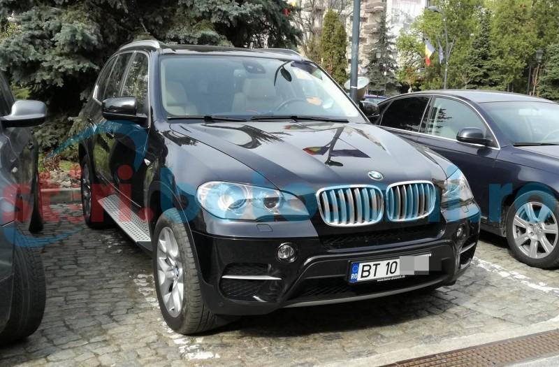 Provocare pentru șeful județului: Să se plimbe pe un drum din județ cu noul BMW X5 pe care și l-a cumpărat!