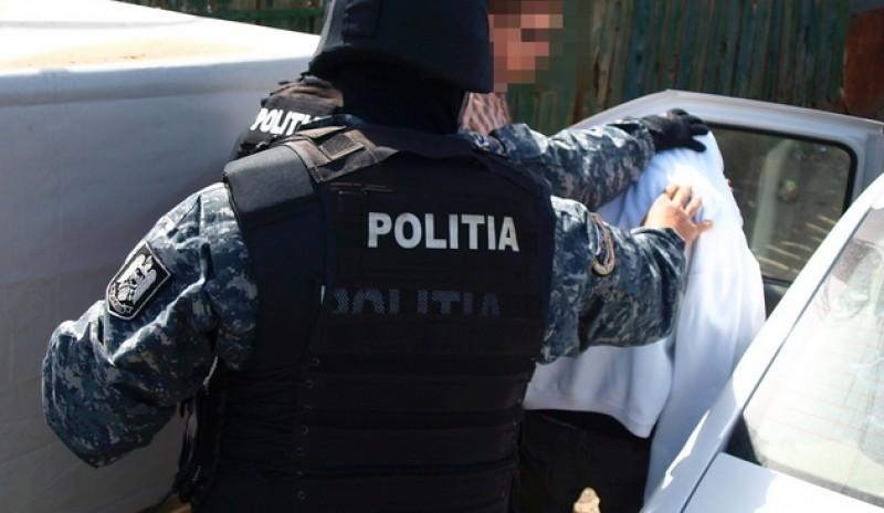 Proxeneți trimiși în judecată, după traficarea unor tinere în Botoșani și alte trei municipii
