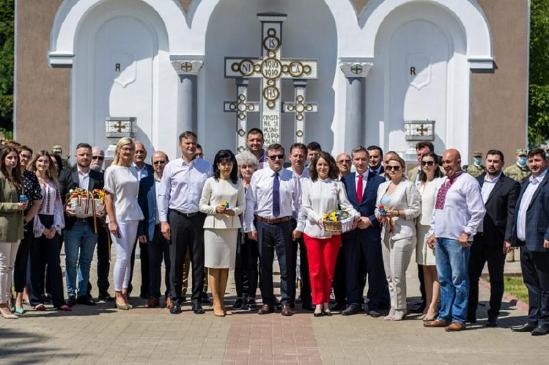 PSD Botoșani continuă pentru al VIII-lea an tradiția de cinstire a eroilor naționali