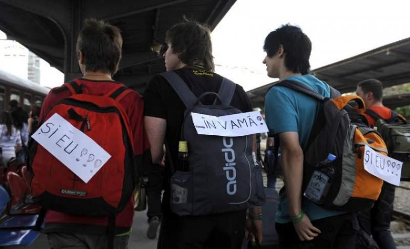 PSD vrea să limiteze numărul călătoriilor pe care le fac gratuit studenții cu trenul