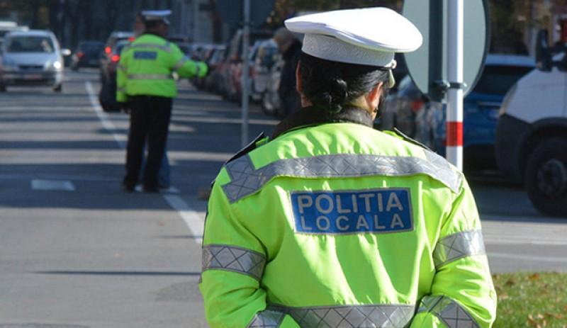 Putere: Poliţia locală va putea ridica toate maşinile parcate sau staţionate neregulamentar