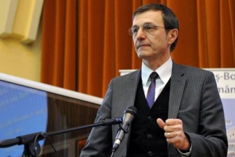 """""""100 – România"""" sau """"100 – Marea Unire""""?"""