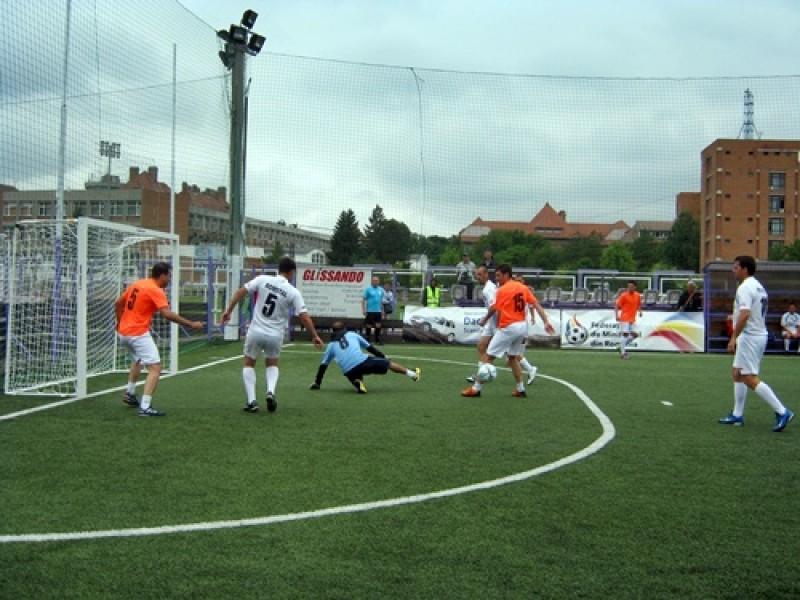 """Ambulanta Botosani"" si ""Fire Team Botosani"", duel in Campionatul Judetean de MiniFotbal! Vezi PROGRAMUL primei etape!"