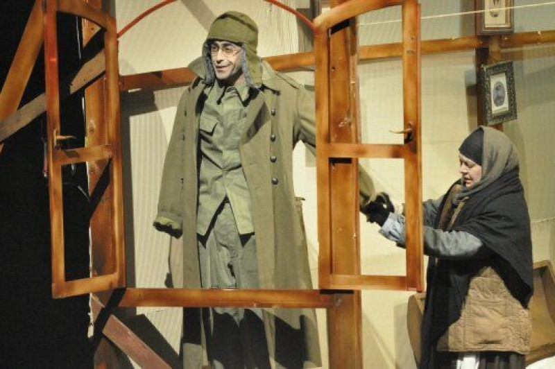 """Caii la fereastra"", sambata, la Teatrul Eminescu!"