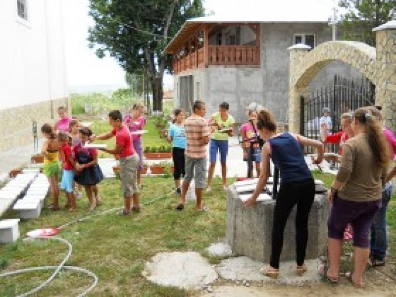 """""""Cu Hristos pe cărările vacanţei"""", în parohia Flămânzi - Cordun"""