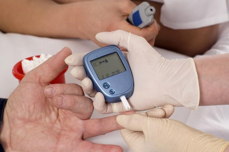 """""""Dacă pacientul nu luptă cu glicemia, apar complicaţii!"""" Medicii specialişti din Botoșani vorbesc despre boala ce poate fi controlată"""