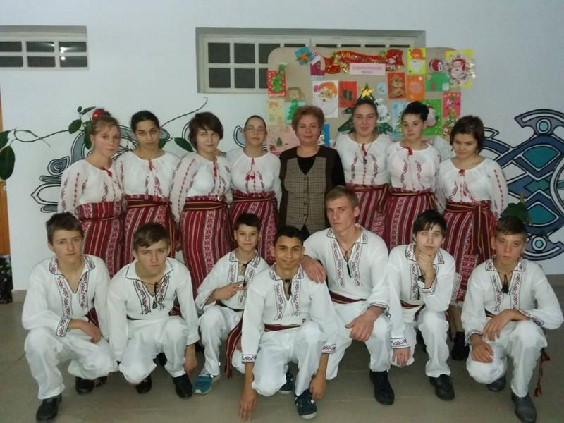"""""""Moș Crăciun, te așteptăm!"""" la Liceul Tehnologic Special """"Sfântul Stelian"""" Botoșani! FOTO"""