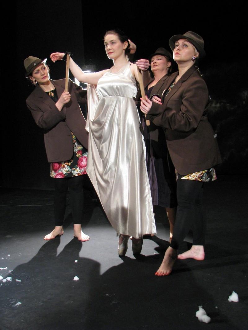 """""""Oameni ai nimănui"""", duminică, la Teatrul Eminescu!"""