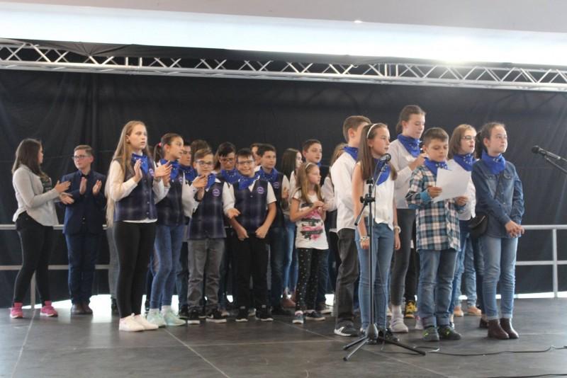 """""""Open The Doors To Europe"""", au spus elevii Școlii 12, de Ziua Europeană a Limbilor! FOTO"""