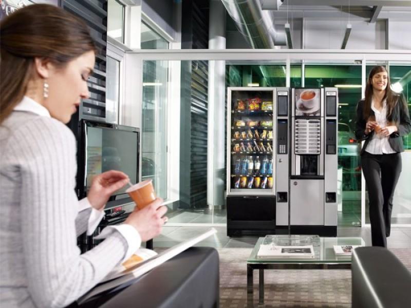 """""""Otravă"""" la un leu. Ce conține cafeaua de la automat?"""