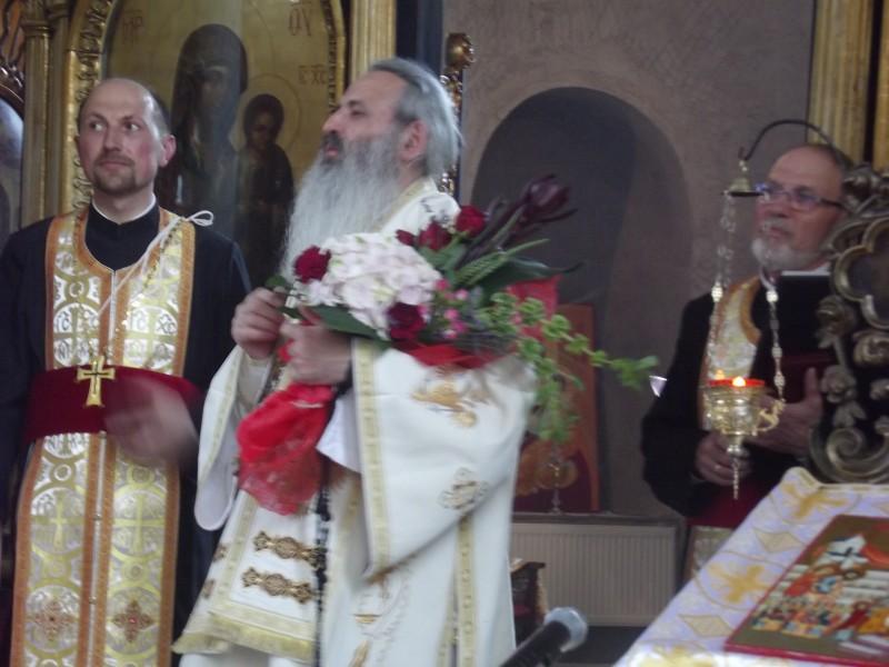 """""""Rouă de har, file de istorie"""", la Biserica Vovidenia Botoşani!"""