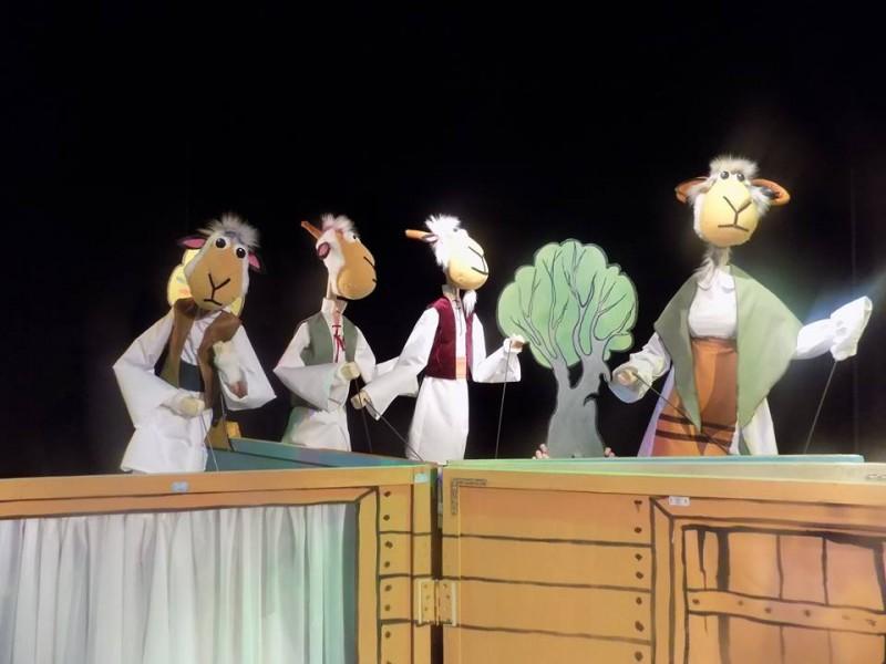 """""""Teatrul ne face bine"""", program dedicat copiilor internați în secţia de Pediatrie a Spitalului Mavromati!"""