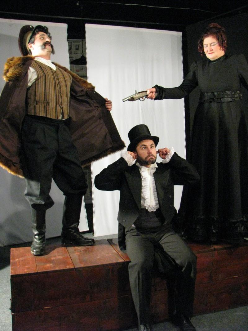"""""""Ursul"""" revine pe scena Teatrului """"Mihai Eminescu"""" Botoşani!"""