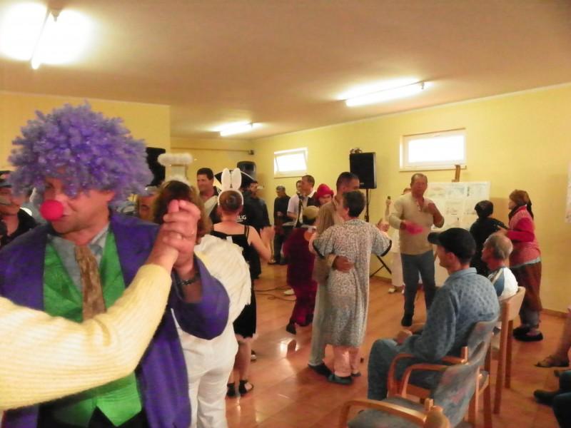 """""""Zambiti cu noi"""", la Carnavalul cu umor!"""