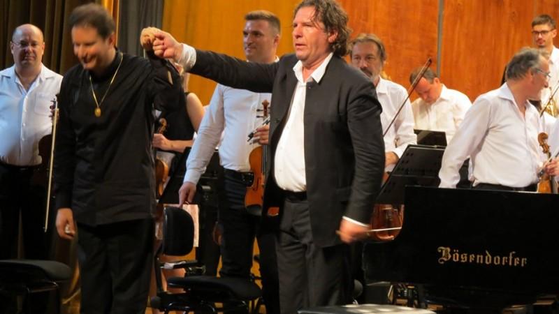 Rachmaninov și Dvořák pe scena Filarmonicii Botoșani - FOTO