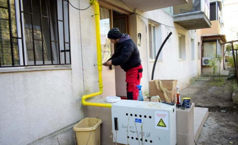 Racordarea la reţeaua de gaze naturale va fi gratuită pentru toţi consumatorii casnici, dar va fi suportată la comun de toți abonații