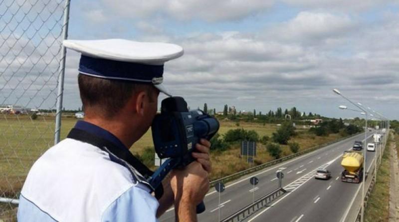 Radarele aflate pe maşini neinscripţionate conduse de agenţi fără uniformă, la un pas să fie interzise!