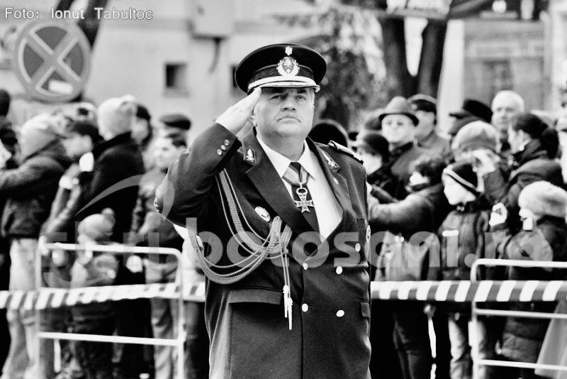 Radu Anton a fost depus la Capela Militară. Va fi înmormântat în satul natal