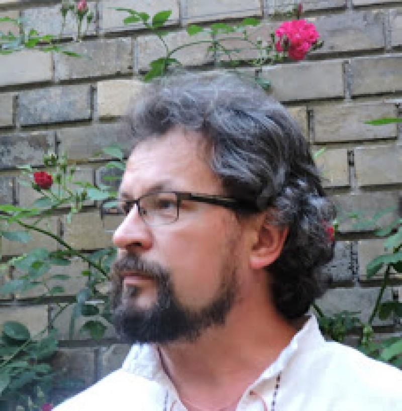 Radu ILIESCU: Nu există mai multă valoare de adevăr într-o lege a fizicii decât în descrierea unei case ce stă să se dărâme