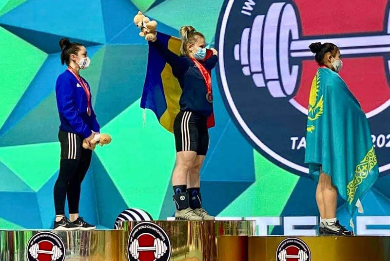 Raluca Olaru se întoarce cu trei medalii de aur de la Campionatul Mondial de Haltere