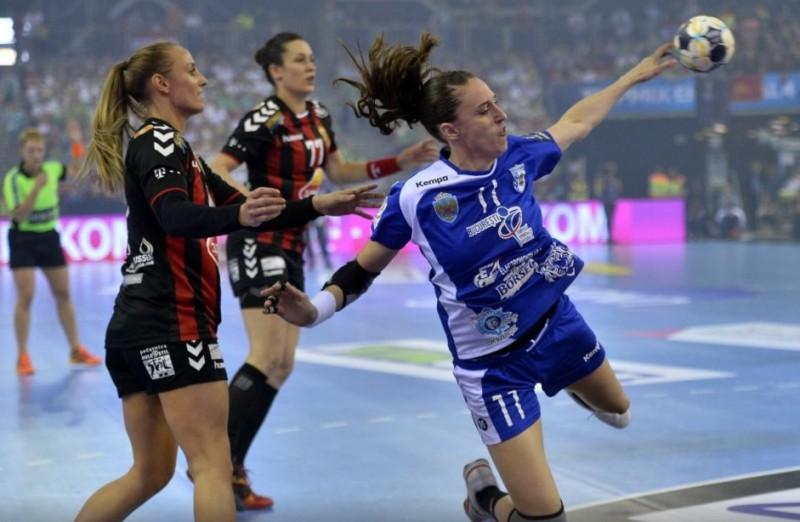 Rătăcite pe terenul de handbal! CSM pierde în semifinalele Ligii, cu Vardar, într-un meci în care nu a avut nicio șansă!