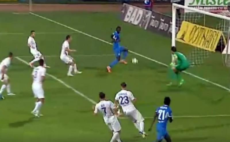 RATAREA campionatului in meciul FC Botosani - Poli Iasi! A sutat peste poarta de la un metru de linia portii - VIDEO