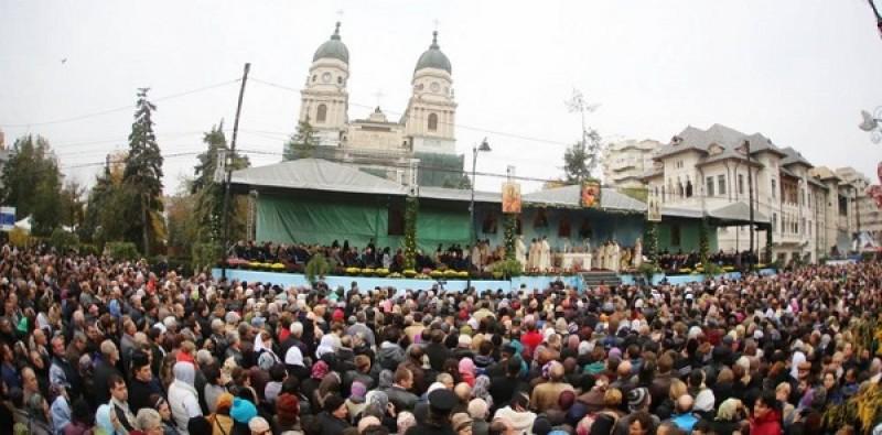 Reacția unui francez când a văzut miile de pelerini care așteaptă să se închine la moaștele Sfintei Parascheva
