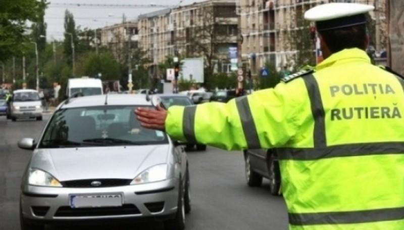 Recidivist reținut de către polițiști, după ce a condus fără permis prin municipiul Botoșani