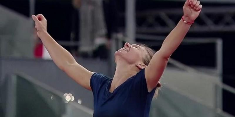 Regina la Madrid! Simona Halep și-a păstrat titlul, după o finală extenuantă cu Mladenovic