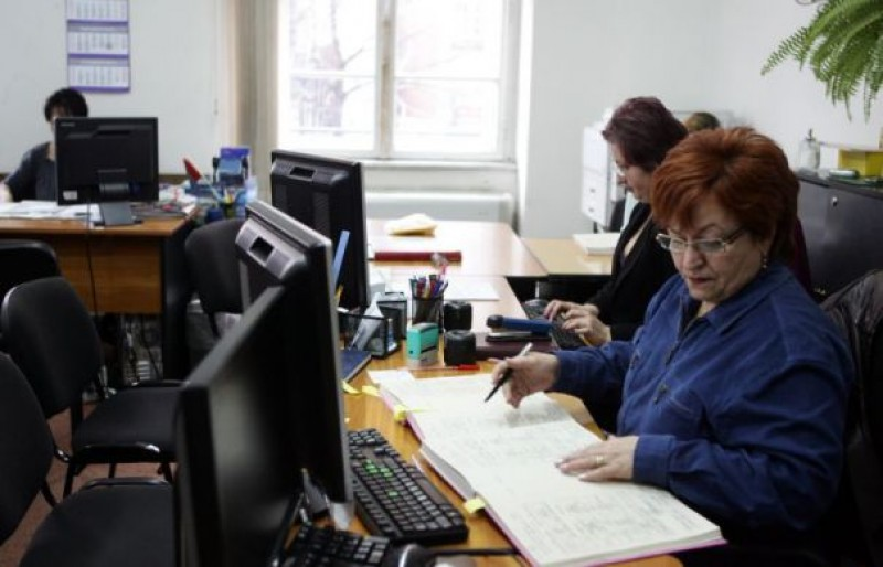 Reguli noi pentru angajarea funcționarilor publici, adoptate de Guvern!