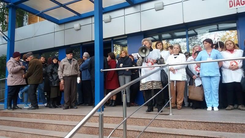 Reprezentanții Sanitas îi cer ministrului Muncii să demisioneze