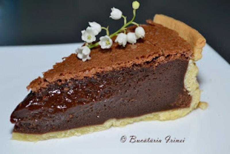 Rețete de Paște: pască cu ciocolată cu aluat fraged