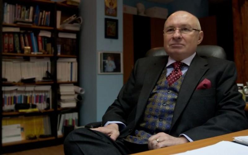 Reţineri dispuse de procurorii DIICOT în dosarul în care este implicat şi medicul botoşănen Mihai Lucan