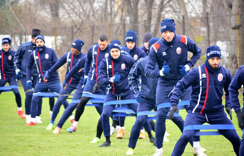 Reunirea lotului la FC Botoșani: 3 plecări, o venire!