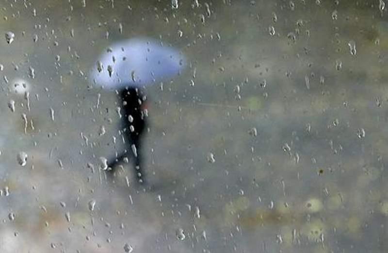 Revin ploile şi grindina în weekend. Prognoza meteo pe trei zile