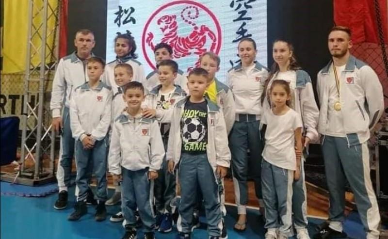 Rezultate deosebite obținute de membrii unui club din Botoșani la Campionatul Național de karate Shotokan ESKU
