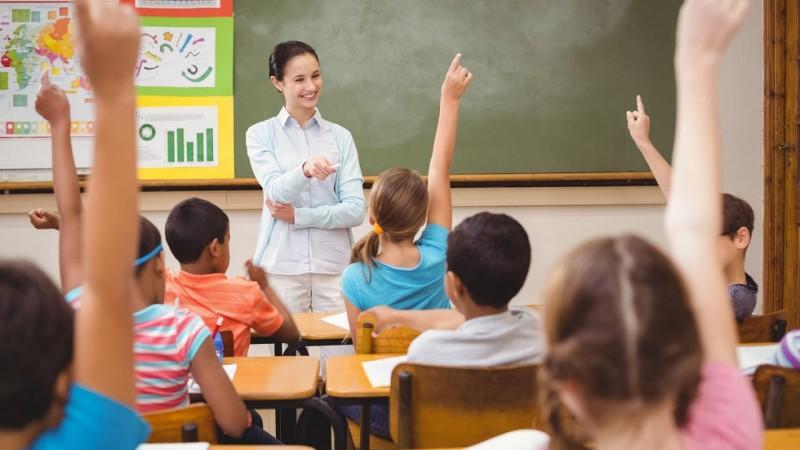 Rezultatele consultarii privind structura anului scolar 2018-2019: Elevii ar putea incepe cursurile pe 17 septembrie si sa aiba o vacanta de Pasti de trei saptamani!