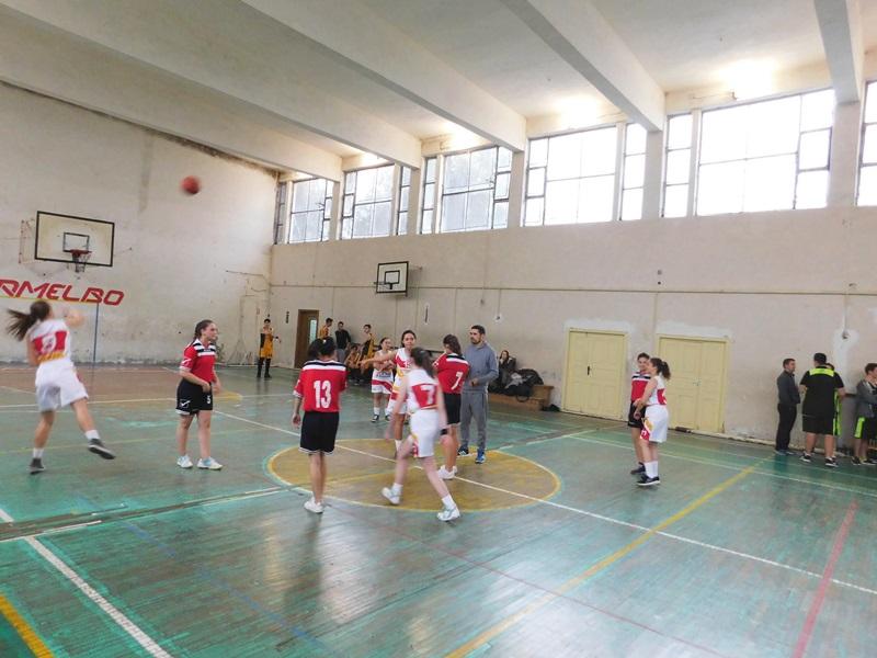 Rezultatele la Olimpiada Naţională a Sportului Şcolar la baschet licee, etapa municipală - FOTO
