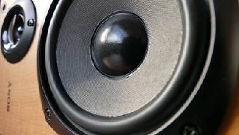 Risti inchisoare daca dai muzica prea tare sau folosesti bormasina - proiect de lege