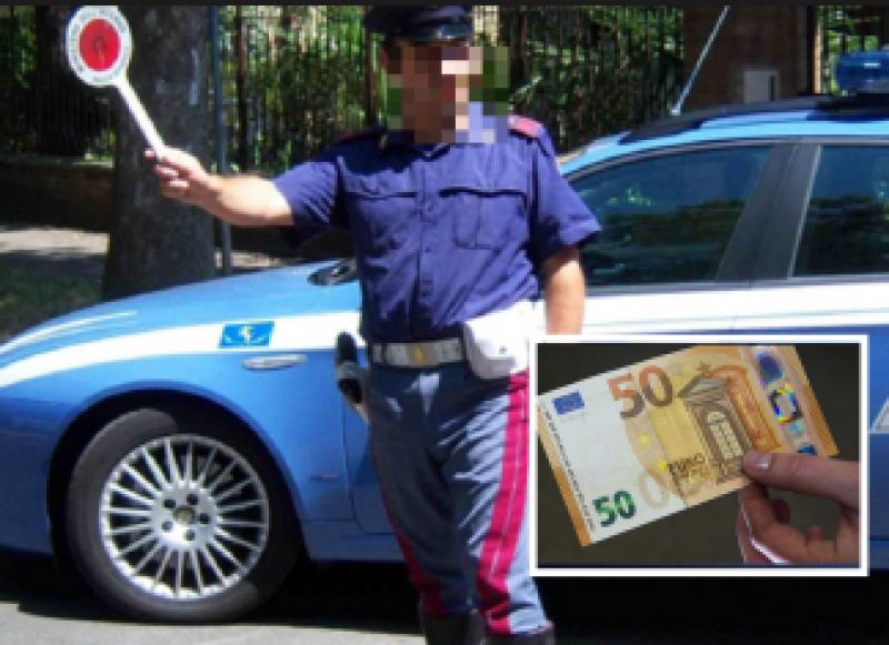 Român arestat pe loc: A vrut să bage bani în buzunarul unui carabinier!