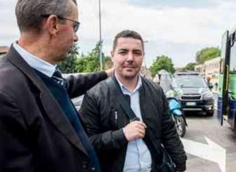 Român erou la Verona. George oprește autobuzul al cărui șofer se simte rău la volan!